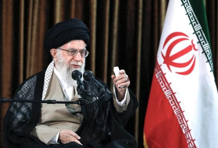 Khamenei: l'Iran n'hésitera pas à se retirer de l'accord de 2015 si nécessaire - ảnh 1
