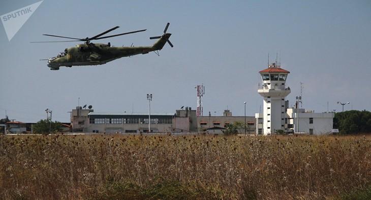 La Russie renforce la sécurité des ses bases en Syrie - ảnh 1