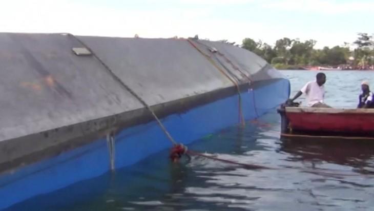 Tanzanie: plus d'une centaine de morts après un naufrage sur le lac Victoria - ảnh 1