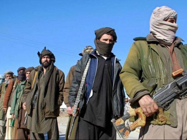 Des responsables afghans veulent rencontrer des représentants des talibans en Russie - ảnh 1