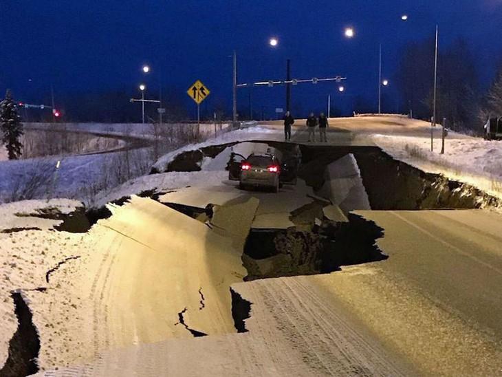 Un puissant séisme en Alaska - ảnh 1