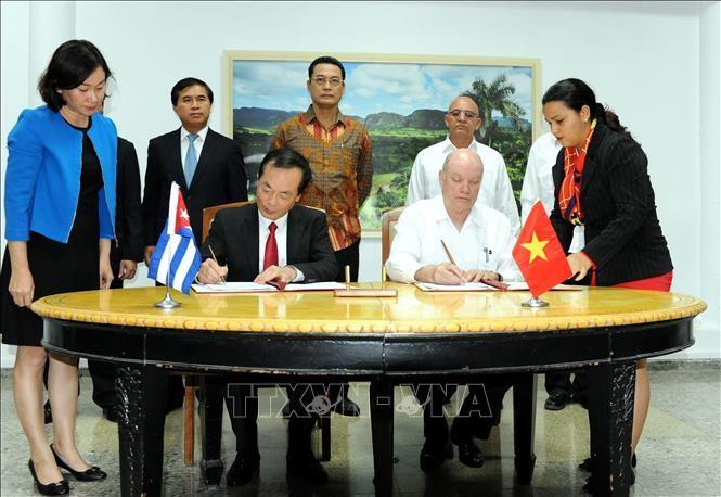Clôture de la 36e session du comité intergouvernemental Vietnam-Cuba - ảnh 1