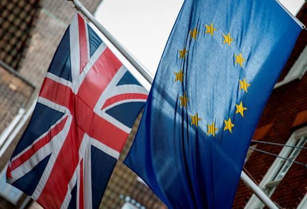 Goldman Sachs: la traîne du Brexit nuit à l'économie britannique - ảnh 1