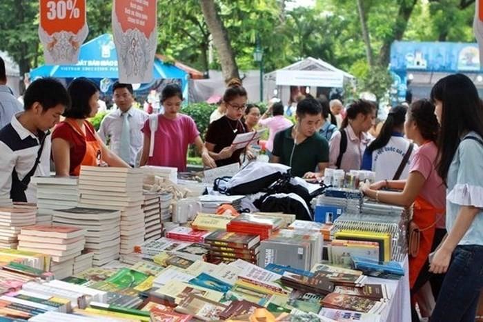 La place du livre dans la vie des jeunes Vietnamiens - ảnh 2