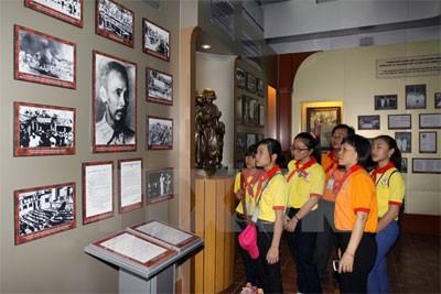 Le port de la Maison du Dragon – le musée de Hô Chi Minh - ảnh 2