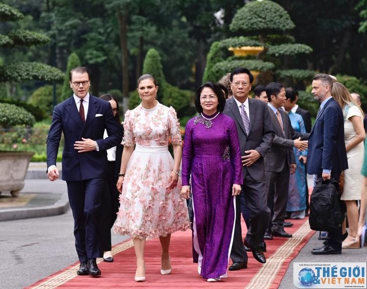 La princesse héritière de Suède en visite au Vietnam - ảnh 1