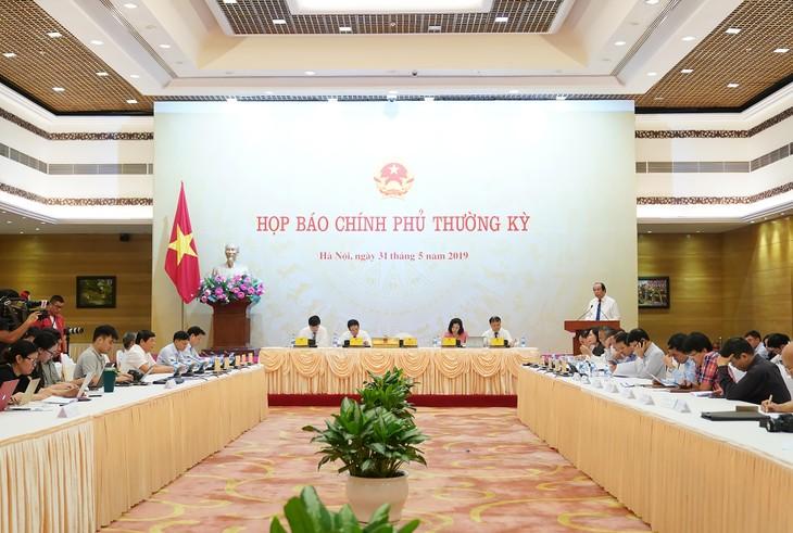 Conférence de presse sur la réunion gouvernementale du mois de mai - ảnh 1
