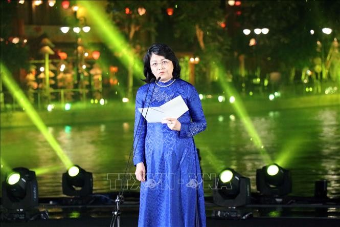 Dang Thi Ngoc Thinh au Gala « Couleurs culturelles du monde » - ảnh 1