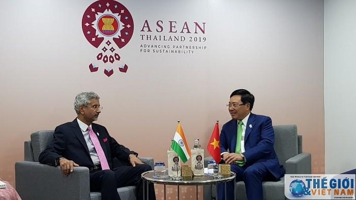 Pétrole : l'Inde souhaite une coopération accrue avec le Vietnam en mer Orientale - ảnh 1