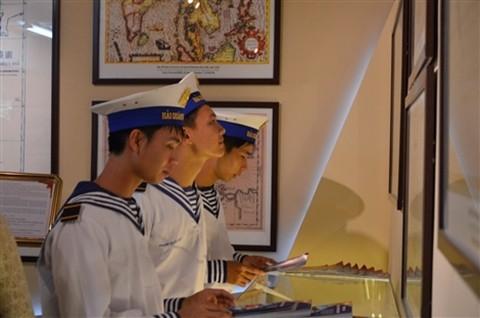 Ausstellungen über Inselgruppen Hoang Sa und Truong Sa im Ausland - ảnh 1