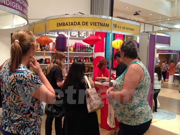 Vietnam nimmt an Mercosur Messe für Handwerk und Handarbeit in Argentinien teil - ảnh 1