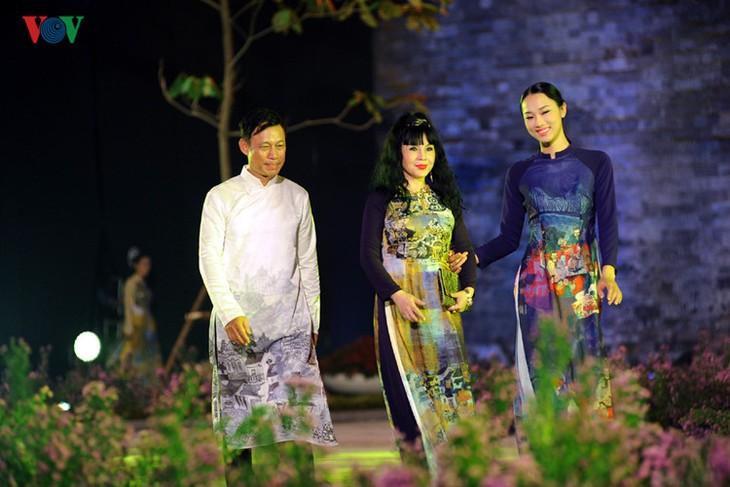 Berühmte vietnamesische Schauspieler versammeln sich beim Ao Dai-Festival Hanoi  - ảnh 1