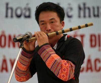Einzigartige Musikinstrumente Aus Bambus In Vietnam