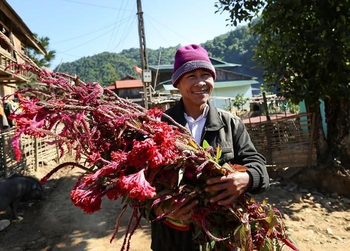 Das Blumen-Fest der Volksgruppe Cong in der Provinz Dien Bien - ảnh 1