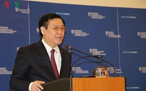 Vizepremierminister Vuong Dinh Hue tagt mit Sozialversicherungsbehörde - ảnh 1