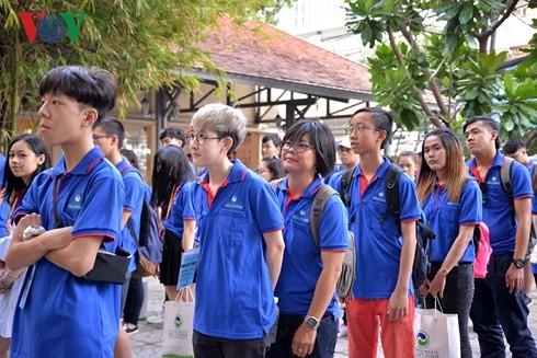 Eröffnung des Sommercamps der im Ausland lebenden vietnamesischen Jugendlichen  - ảnh 1