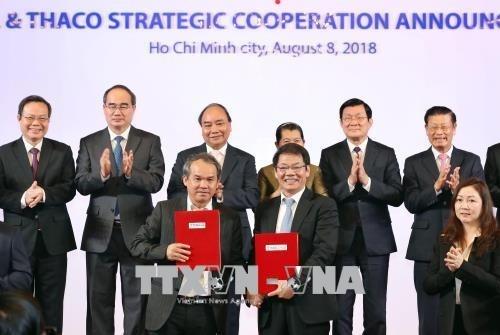 Zusammenarbeit zwischen Unternehmen zur Modernisierung der Landwirtschaft - ảnh 1
