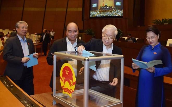 Vertrauensabstimmung für die vom Parlament gewählten und ernannten Posten  - ảnh 1