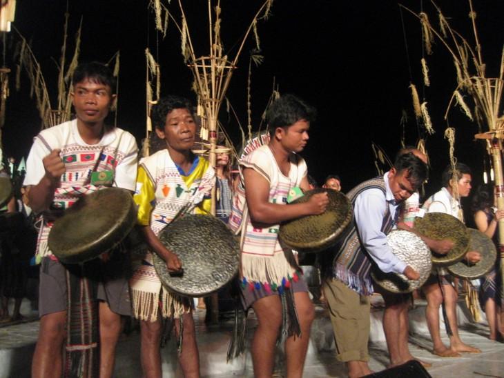 Kulturelle Tradition der Minderheitsvolksgruppe der Ma - ảnh 1