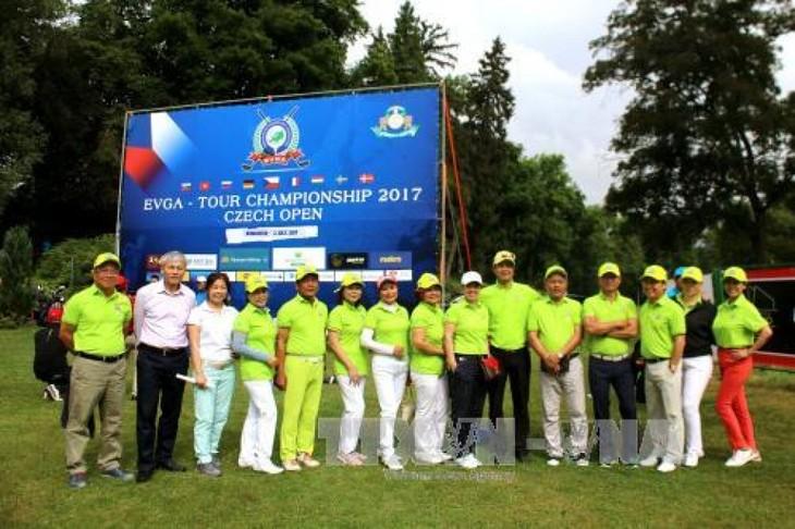 "Golfturnier ""Vietnam Tschechien Open"" - ảnh 1"