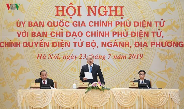Premierminister Nguyen Xuan Phuc: Entschlossen zum Aufbau der E-Regierung - ảnh 1