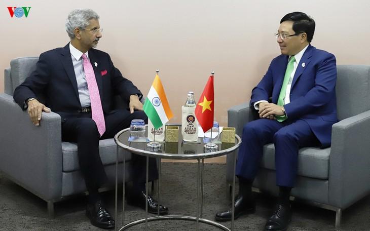 Indien will mit Vietnam bei der Ölerschließung im Ostmeer weiterhin zusammenarbeiten - ảnh 1