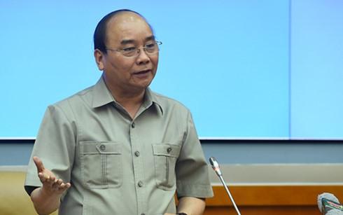 阮春福与国防部领导人举行工作座谈会 - ảnh 1
