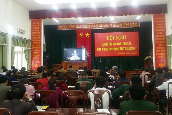 越共中央宣教部举行2017年2月报告员会议 - ảnh 1