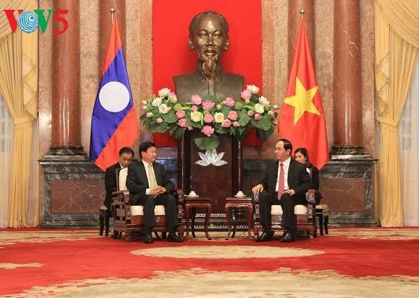 陈大光会见老挝政府总理通伦·西苏里 - ảnh 1