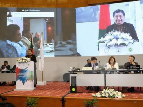 各国议会联盟第136届大会发表达卡公报 - ảnh 1