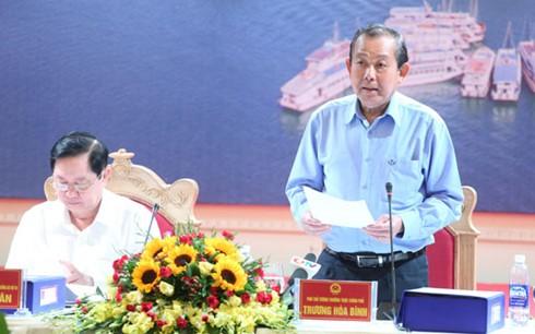 越南政府副总理张和平视察广宁省 - ảnh 1