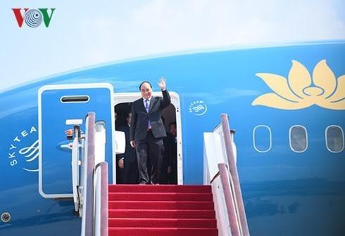 越南政府总理阮春福启程对美国进行正式访问 - ảnh 1