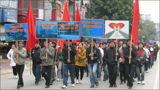 Jugendliche engagieren sich für Modernisierung ländlicher Gebiete - ảnh 1