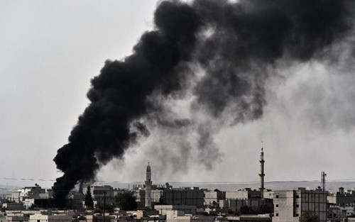 USA fliegen neue Luftangriffe auf den IS im Irak und Syrien - ảnh 1
