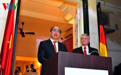 Strategische Partnerschaft zwischen Vietnam und Deutschland verstärkt - ảnh 1