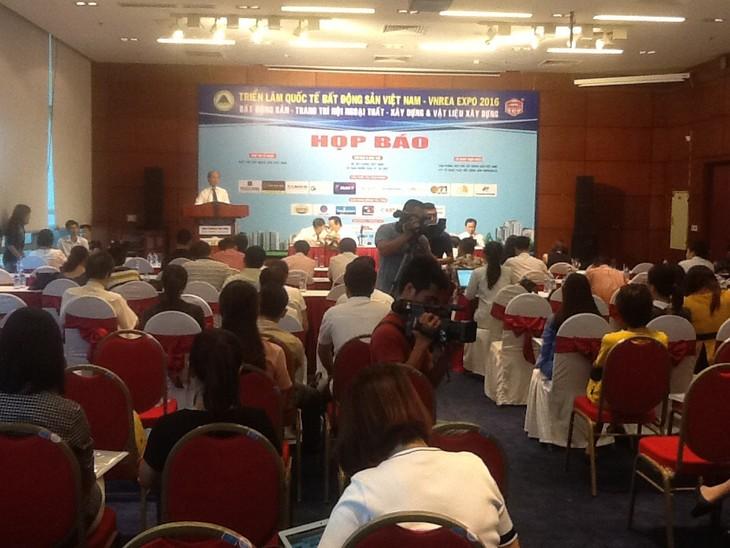Zwölf Länder beteiligen sich an internationaler Bauausstellung Vietbuild Hanoi 2016 - ảnh 1