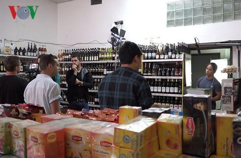 Filme junger Vietnamesen in Tschechien heben Abstammungswerte hervor - ảnh 1