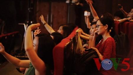 """Das Potpourri """"Hanoi im Herbst"""" geht ins Finale des Gesangsfestivals für Journalisten 2016 - ảnh 6"""
