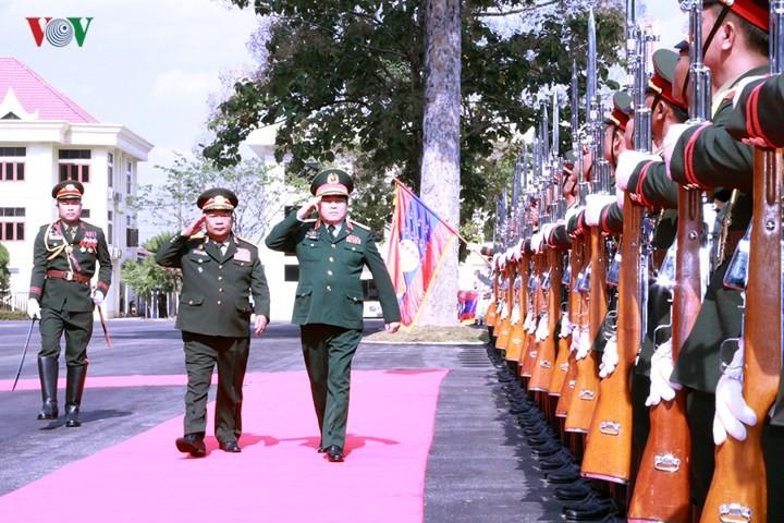 Verteidigungsbeziehungen zwischen Vietnam und Laos sind besonders - ảnh 1