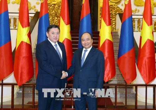 Premierminister empfängt Mongoleis Parlamentspräsidenten  - ảnh 1