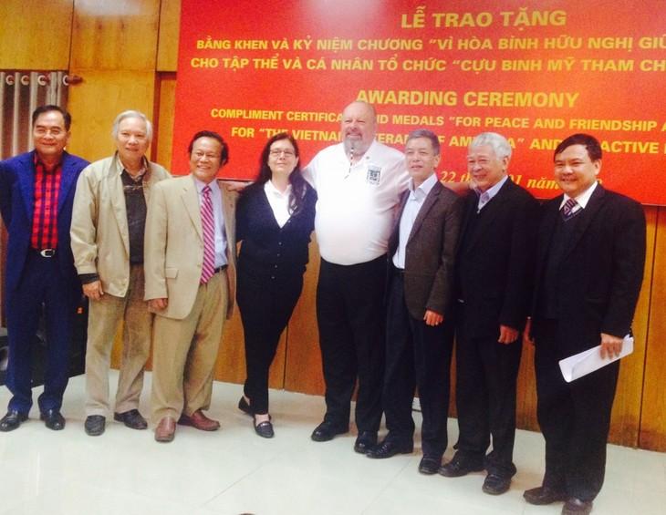 Zu Aufbau und Entwicklung der Beziehungen zwischen Vietnam und den USA beitragen - ảnh 1
