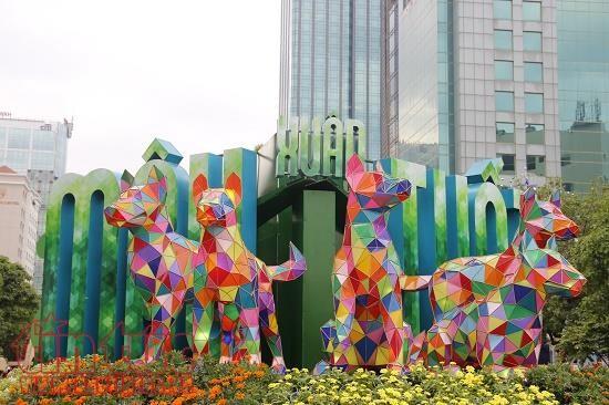 Ho Chi Minh Stadt eröffnet Blumenstraße zum Neujahr 2018  - ảnh 1