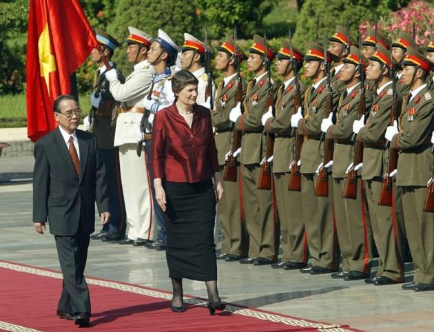 Ehemaliger Premierminister Phan Van Khai hinterließ viele diplomatische Prägungen - ảnh 5