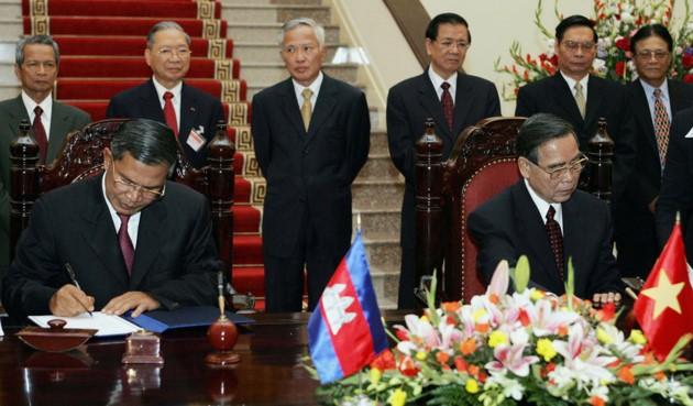 Ehemaliger Premierminister Phan Van Khai hinterließ viele diplomatische Prägungen - ảnh 8