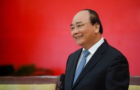 Der Premierminister überprüft die Beseitigung der Folgen von Meereskatastrophen in Zentralvietnam - ảnh 1