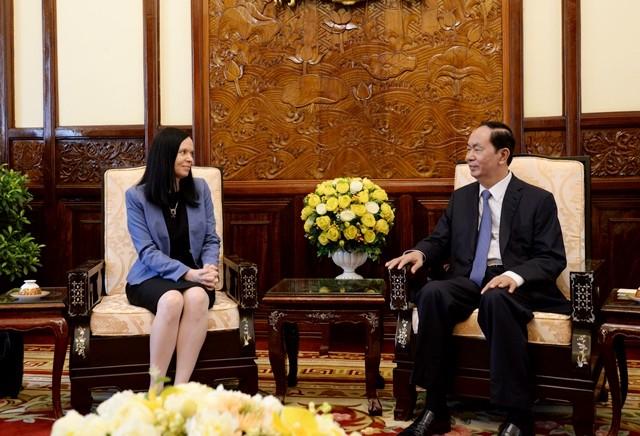 Staatspräsident Tran Dai Quang trifft Polens Botschafterin Barbara Szymanowska - ảnh 1