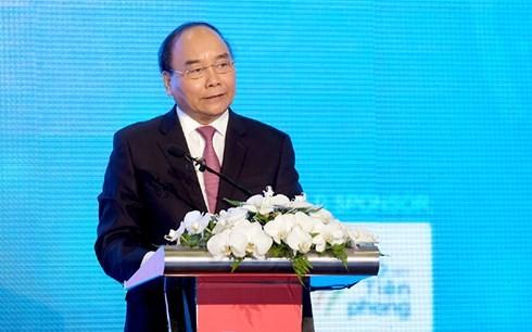 Premierminister Nguyen Xuan Phuc nimmt an Forum für Informationstechnologie und Kommunikation teil - ảnh 1