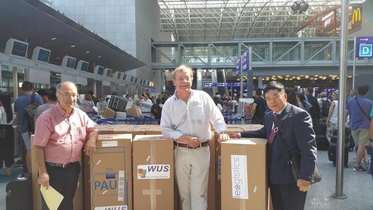 Deutscher WUS hilft vietnamesischen Flutopfern mit 20 Wasserfiltern PAUL - ảnh 1