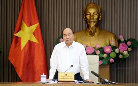 Premierminister Nguyen Xuan Phuc leitet eine Sitzung für Meeresstrategie - ảnh 1