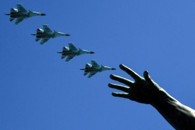 China zitiert US-Botschafter als Protest gegen militärische Sanktionen - ảnh 1